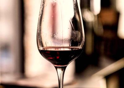 vino tipico in basso